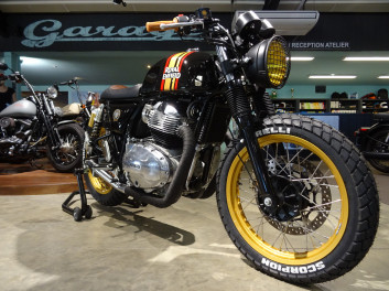 "ROYAL ENFIELD GT Continental 650 ""Café Racer"" MOTOBOX"