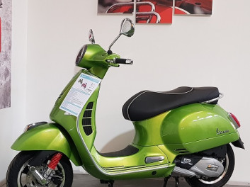 VESPA GTS ABS 125IE - STOP & START